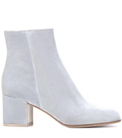 white-boots-gianvitto